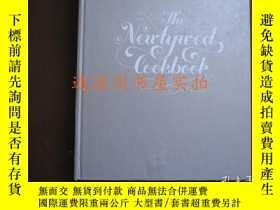 二手書博民逛書店英文原版:THE罕見NEWLYWED cookbook(精裝,無