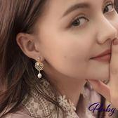 耳環 韓國直送‧宮廷風雕花珍珠夾式耳環-Ruby s 露比午茶