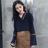 韓版喇叭袖套頭t恤顯瘦寬鬆學生v領打底衫女秋裝2019新款長袖上衣