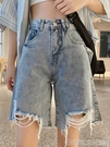 五分褲六折 夏季2020新款網紅破洞牛仔短褲女士高腰闊腿中褲薄款寬鬆五分褲潮 印象家品