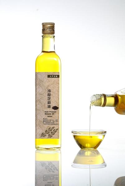 【國家食品檢驗保證 選好油 用心把關】泰昇 500ML 黃金冷壓芝麻油 食安檢驗全數通過