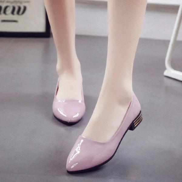 尖頭低跟鞋淺口瓢鞋黑色百搭漆皮單鞋女鞋潮  黛尼時尚精品