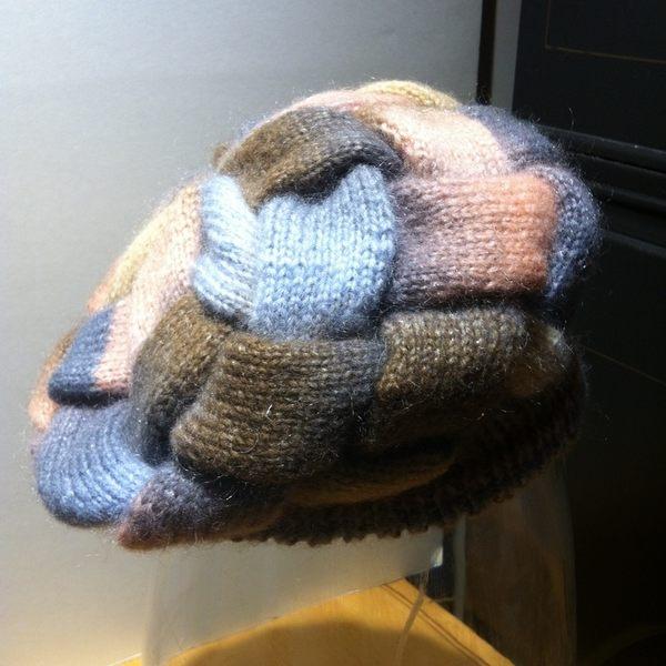 ★手工針織毛線帽★ 100%羊毛 粉灰海浪花帽_FREE SIZE