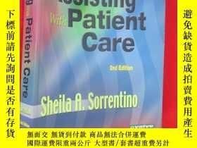 二手書博民逛書店Assisting罕見with Patient Care (大1