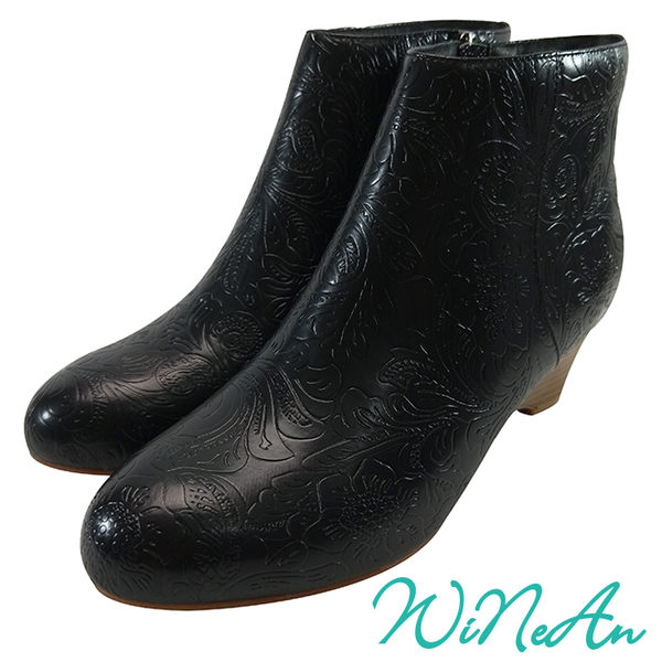 WNA-8006 皮紋雕花船型跟短靴(典雅黑)