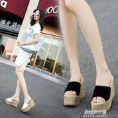 夏季新款韓版女士拖鞋臺坡跟涼拖厚底高跟鬆糕底一字拖鞋  朵拉朵衣櫥
