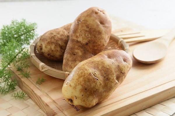 台灣馬鈴薯(每粒約120gx3粒裝)★產銷履歷安全蔬菜