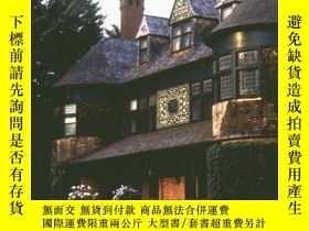 二手書博民逛書店The罕見Houses of McKim, Mead & Whi