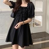 夏季新款收腰顯瘦方領系帶洋氣黑色短袖連身裙仙女裙子小黑裙