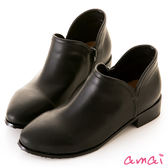 amai微尖頭圓弧側V口低跟拉鍊踝靴 黑