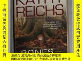 二手書博民逛書店英文原版罕見Bones to Ashes by Kathy Re