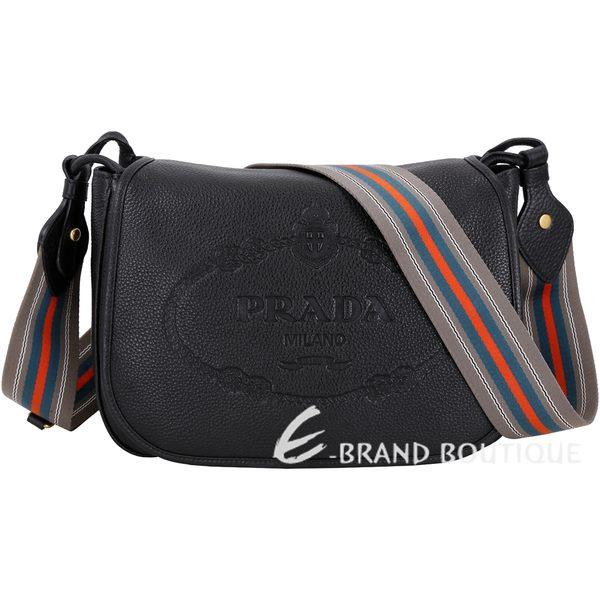 PRADA 經典徽章浮刻附雙背帶小牛皮肩背包(黑色) 1830001-01