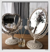 化妝鏡 歐式愛心簡約雙面化妝鏡宿舍寢室房間美妝鏡浮雕台式梳妝鏡擺台鏡   koko時裝店