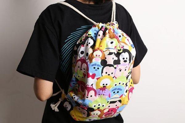 【發現。好貨】迪士尼 tsum tsum 米奇米妮 帆布斜水桶包 大束口袋背包 休閒包包
