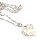 天然白珍珠貝小葉子純銀項鍊