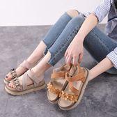 厚底涼鞋 楔型涼鞋 夏季平底時尚魔術貼鞋碎花松糕底露趾羅馬鞋《小師妹》sm2374