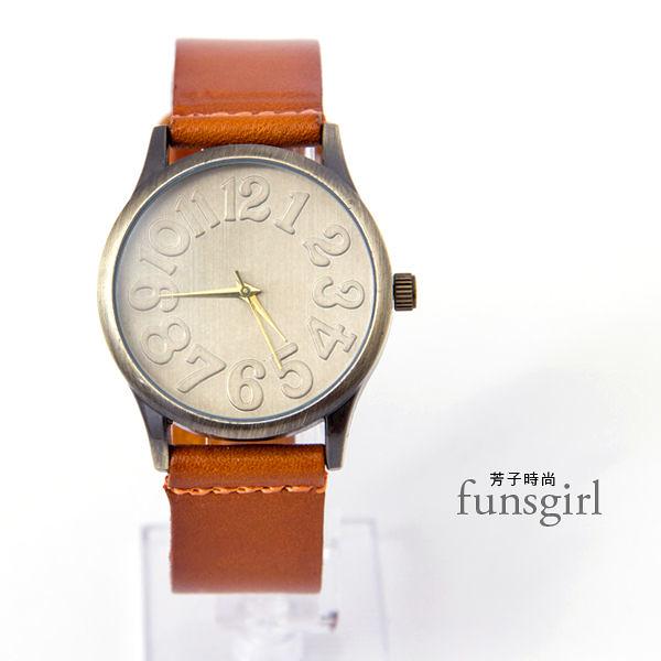 大字母復刻懷舊真皮錶帶手錶~funsgirl芳子時尚