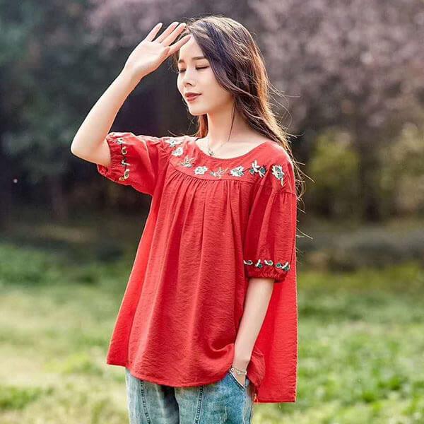 棉麻 民俗風領口花刺繡上衣-中大尺碼 獨具衣格