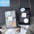 【P149】shiny藍格子-甜美春氛.清新小花單肩斜跨手機小包