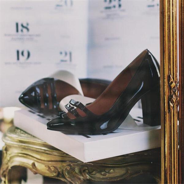 蝴蝶結復古簡約百搭高跟粗跟尖頭漆皮舒適秋季新款女單鞋  -yrre00238