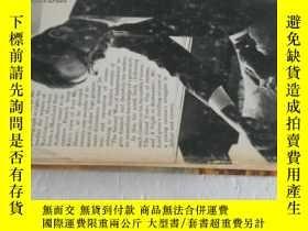 二手書博民逛書店英文原版罕見1972年出版 毛邊精裝本 The Dawn s