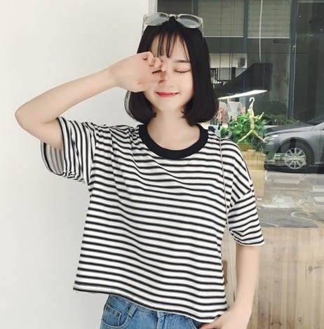 EASON SHOP(GU5616)黑白條紋圓領短袖T恤短版落肩內搭衫女上衣服素色白棉T春夏裝韓版寬鬆