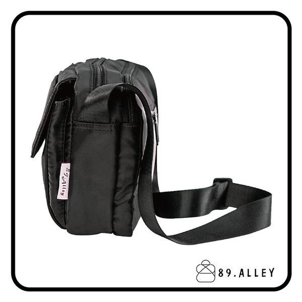 側背包 女包男包 黑色系防水包 輕量尼龍多層鐵牌情侶斜背包 89.Alley ☀1色 HB89146