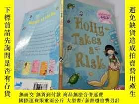 二手書博民逛書店Holly罕見Takes a Risk:霍莉冒險Y200392