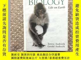 二手書博民逛書店BIOLOGY罕見Life on Earth【地球上的生物生命】