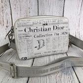BRAND楓月Christian Dior 迪奧  2ARBC119YWL 報紙印花 白色 相機包 肩背包 側背包