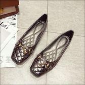 六月芬蘭方頭菱格壓紋金屬鈴鐺裝飾平底鞋娃娃鞋豆豆鞋包鞋女鞋銀灰色(35-41大尺碼)現貨