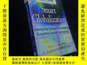 二手書博民逛書店Smart罕見Globalization: Designing