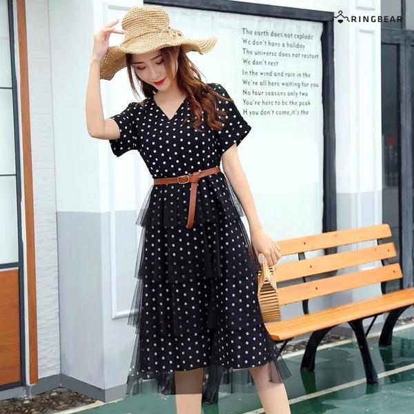 連身裙--甜美滿版點點雪紡拼接網紗蛋糕裙造型V領短袖洋裝(黑.藍L-2L)-D549眼圈熊中大尺碼◎