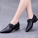 小皮鞋女2020秋季新款粗跟扣帶平底工作鞋女舒適低跟尖頭深口單鞋 依凡卡時尚