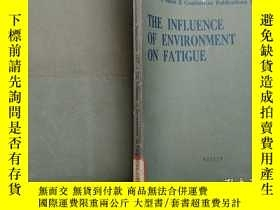 二手書博民逛書店英文版:The罕見Influence Of Environmen