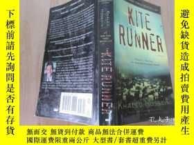 二手書博民逛書店英文書罕見KITE RUNNER 共401頁Y15969