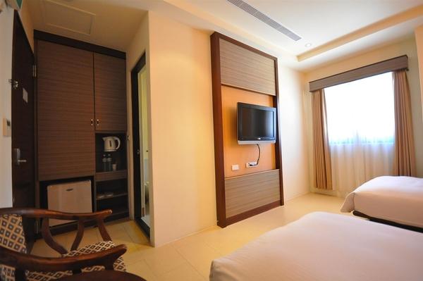 [東城商旅]精緻雙床房