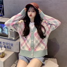 VK精品服飾 韓國風溫柔風拼色格紋針織開衫甜美單品外套