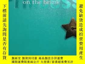 二手書博民逛書店(罕見7)Princess on the Brink (Volume 8) 9780060724603Y205