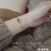 月光石【小太陽】AMO設計14K包金天然珍珠拉長石藍月光水晶簡約細手鍊女 摩可美家