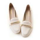 amai《心機美圖鞋》粉霧感金鏈內增高樂福鞋 白