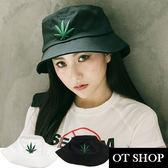 OT SHOP帽子‧韓版大麻葉漁夫帽 遮陽帽 盆帽‧文青時尚穿搭配件‧防曬遮陽外出‧現貨2色‧C2012