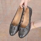 MG 鞋子女新款百搭夏季中跟媽媽涼鞋舒適洞洞鞋粗跟中老年女涼鞋