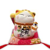 【金石工坊】馬卡龍波士桃花貓(高8CM)求貴人 陶瓷開運桌上擺飾 招財貓 撲滿存錢筒