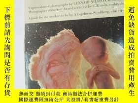 二手書博民逛書店A罕見CHILD IS BORN The Drama of Li