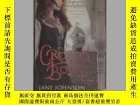 二手書博民逛書店英文原版罕見Crossed Bones by Jane John