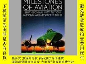 二手書博民逛書店Milestones罕見of Aviation (Smithsonian Institution National