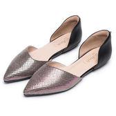 DIANA都會時尚--魅力質感異材質菱格紋真皮平底鞋-黑★特價商品恕不能換貨★