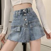 牛仔短褲 新款港風性感大口袋排扣牛仔褲裙短褲