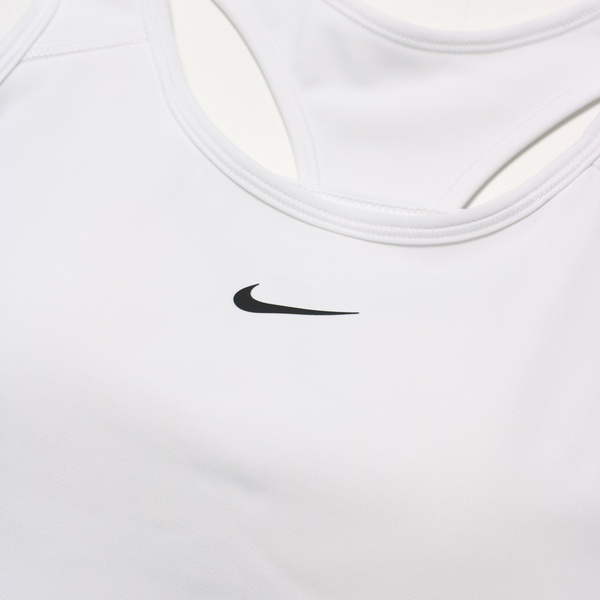 NIKE 運動內衣 SWOOSH BRA 白 小LOGO 中度支撐 一片式胸墊 訓練 女 (布魯克林) BV3637-100